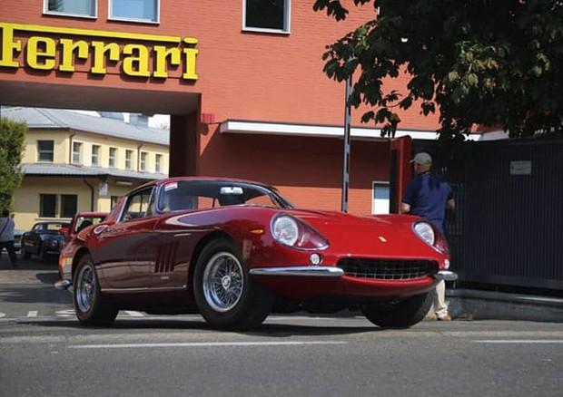 Ferrari, alla festa per i 70 anni Marchionne ha fatto fuori Montezemolo