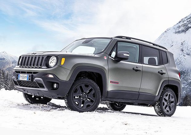 nuova jeep renegade 2018 libera di piacere ancora di pi prove e novit. Black Bedroom Furniture Sets. Home Design Ideas