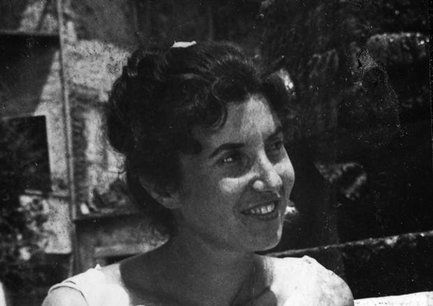 Anna Piselli in uno scatto da giovane (foto concessa da Raimondo Luciani) © ANSA