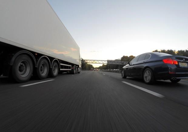 Camion, mercato positivo nel 2018: boom di autocarri a gas © Ansa