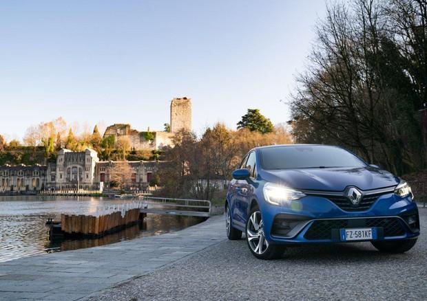 Renault Clio Rally: 180 CV per stupire di traverso