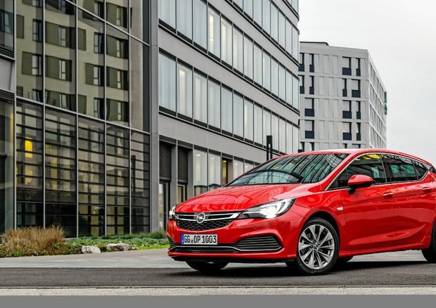 Opel tecnologia illuminazione led matrix anche su corsa