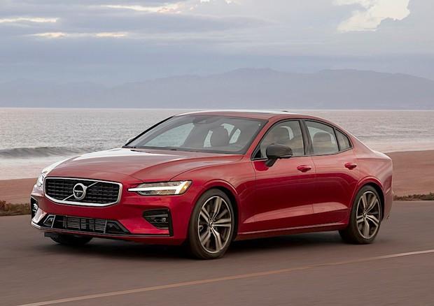 Volvo: dal 2020 la velocità delle vetture sarà limitata a 180 km/h