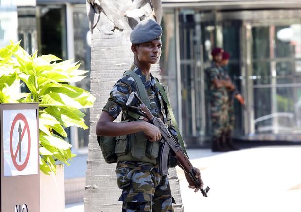 Sri Lanka, autorità ripristinano il coprifuoco (ANSA)