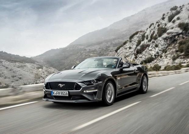 Ford Mustang compie 56 anni, è sportiva più venduta nel 2019 - Attualità