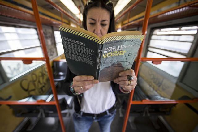 Prendi l 39 autobus ti regalo un libro curiosita 39 for Regalo libri gratis