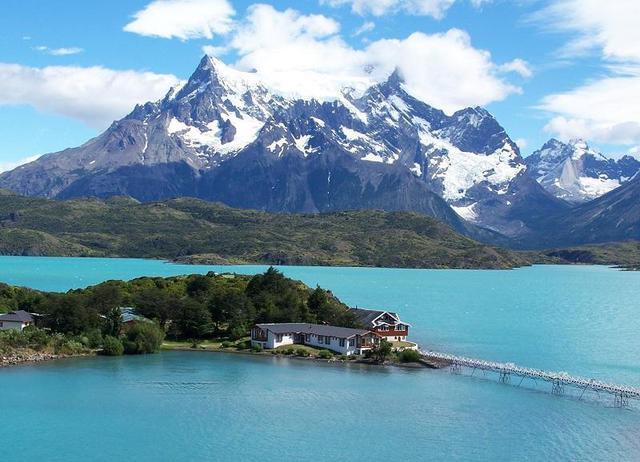 I dodici laghi pi suggestivi del mondo foto for Disegni di laghi