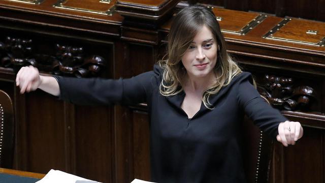 Maria elena boschi ministro per le riforme oggi alla for Oggi alla camera