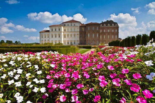Reggia di venaria giardini in fiore reggia di venaria foto ansa.it