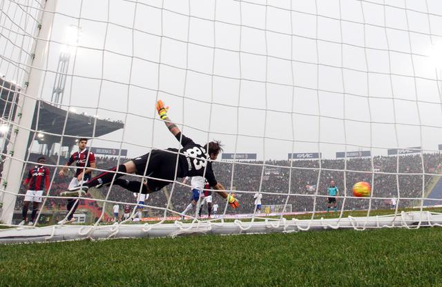 Bologna-Samp 3-2, decide Destro nel finale!
