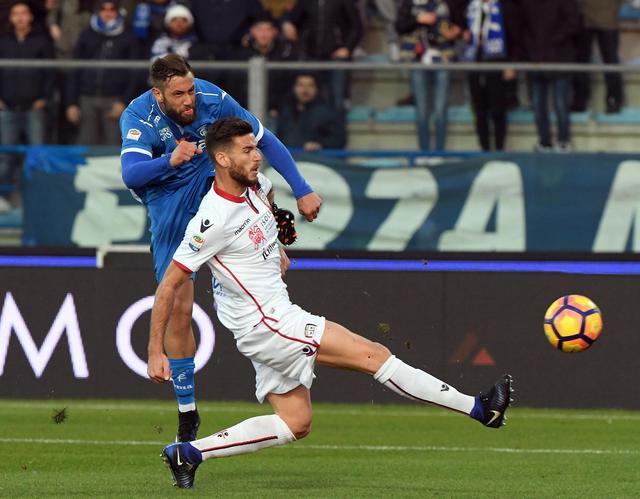 Empoli-Cagliari 2-0, doppietta di Mchedlidze e ossigeno per i toscani