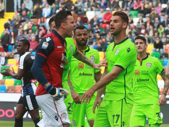 L'Udinese torna alla vittoria: Cagliari battuto 2 a 1
