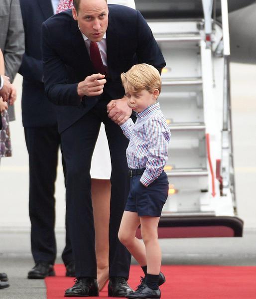 I principi George e Charlotte arrivano a Varsavia