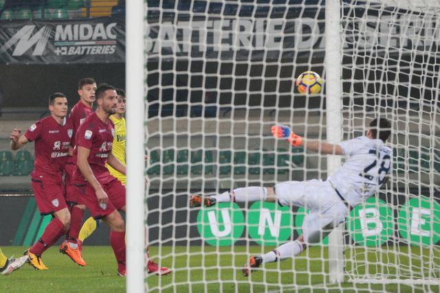 Serie A, Chievo Verona-Cagliari 2-1: i clivensi vincono trascinati dal solito Inglese