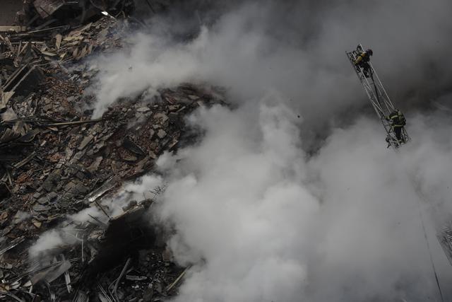 Brasile, incendio in palazzo di 26 piani. Grattacielo si sgretola