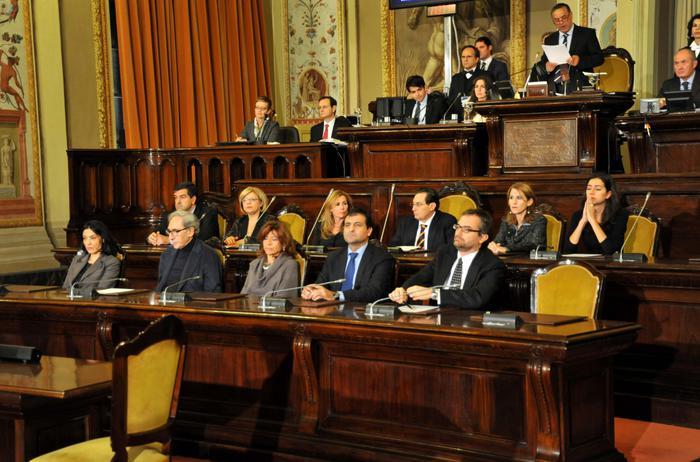 Ara approva riforma delle province$