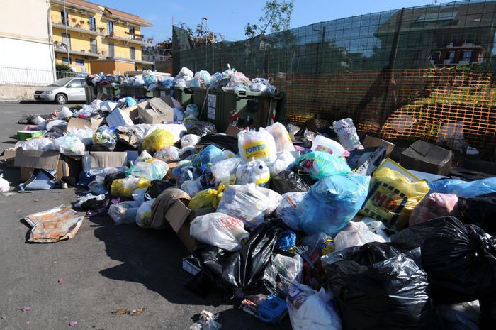 Emergenza rifiuti: Faraone chiede intervento di un commissario speciale$
