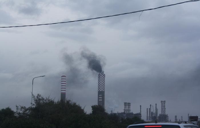 Gela, Confindustria trova intesa con i lavoratori del Petrolchimico$
