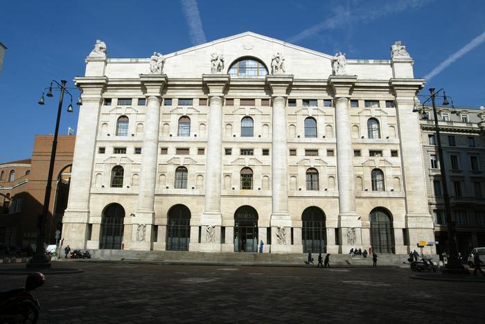 Borsa: Milano chiude in rialzo, +0,13%