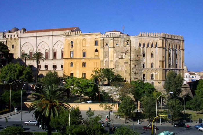 Sicilia, promossi i dirigenti della Regione$