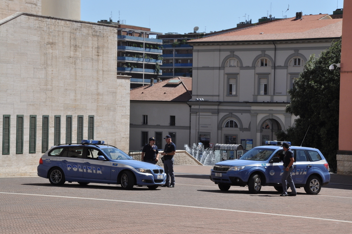 Controlli in piazza del Bacio a Perugia