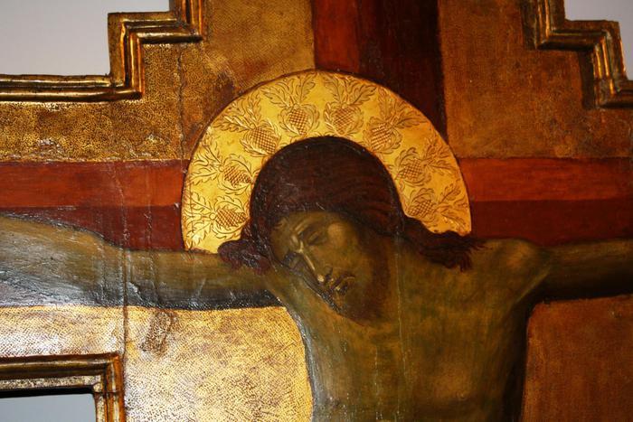 Immigrato rompe crocifisso in Chiesa