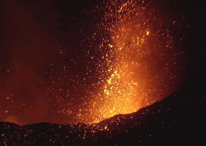 Etna, nuova eruzione dal cratere di Sud-Est