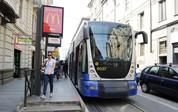 Lapietra, fermate tram-bus solo sospese