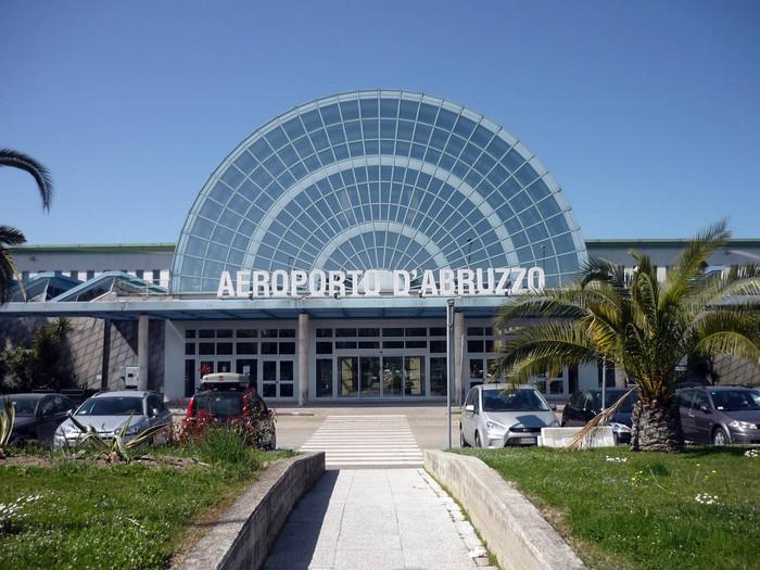 Torna con Blue Air volo Pescara-Torino