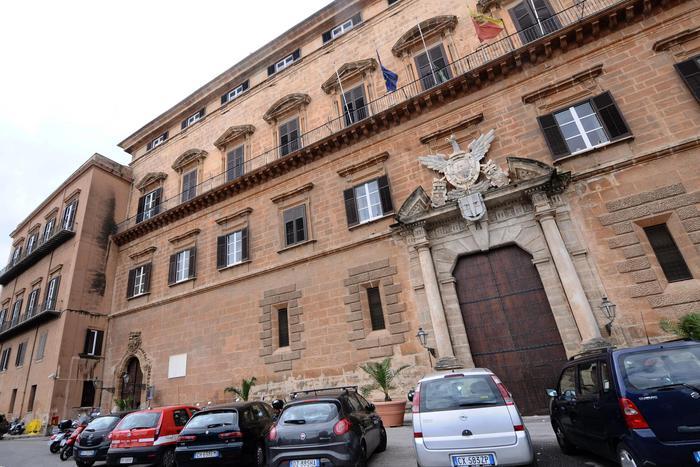 Ars, Commissione bilancio chiede chiarimenti a Crocetta$