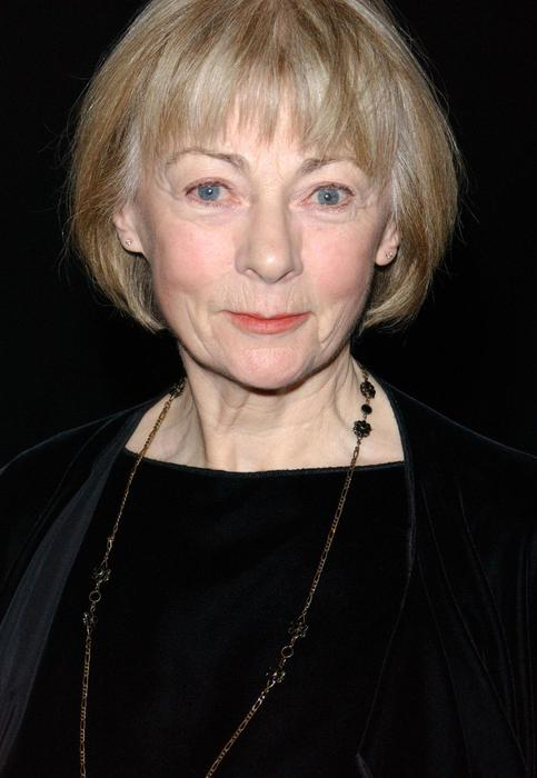 Tv se ne va geraldine mcewan insuperabile miss marple for Miss marple le miroir se brisa