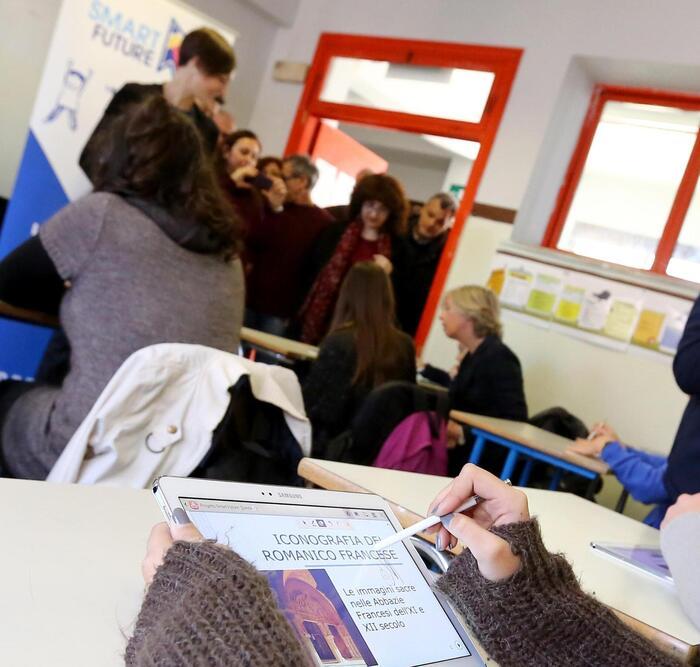 Scuola:Santini,aumentare organici Veneto