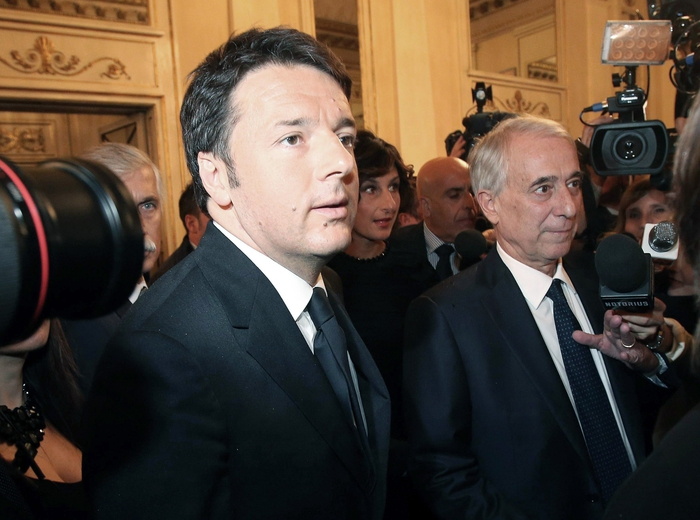 EU must change to stem rightwing sentiment says Renzi