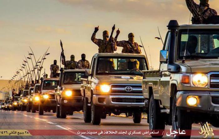 L'Isis decapita una 'strega' a Sirte