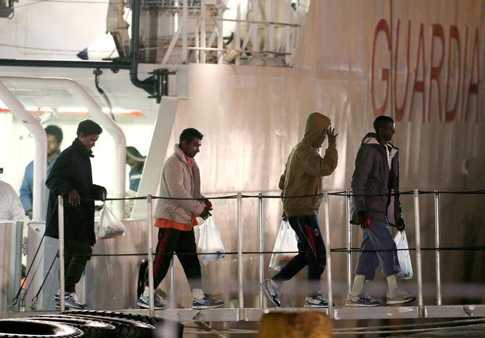 Catania, i sopravvissuti del naufragio raccontano:
