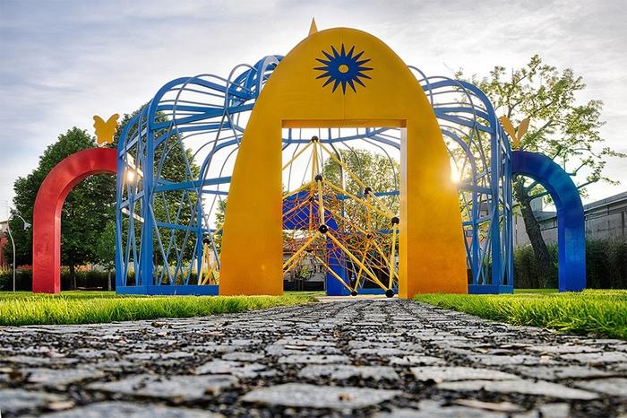pistoia giardino volante sculture gioco toscana