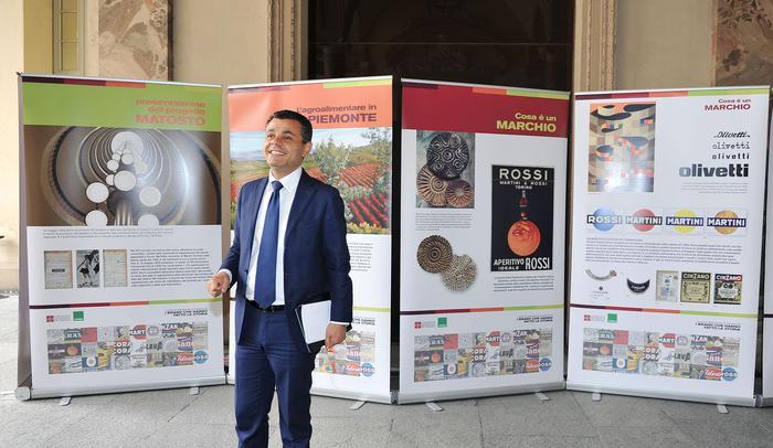 Lavoro:Piemonte propone minimo 8euro/ora