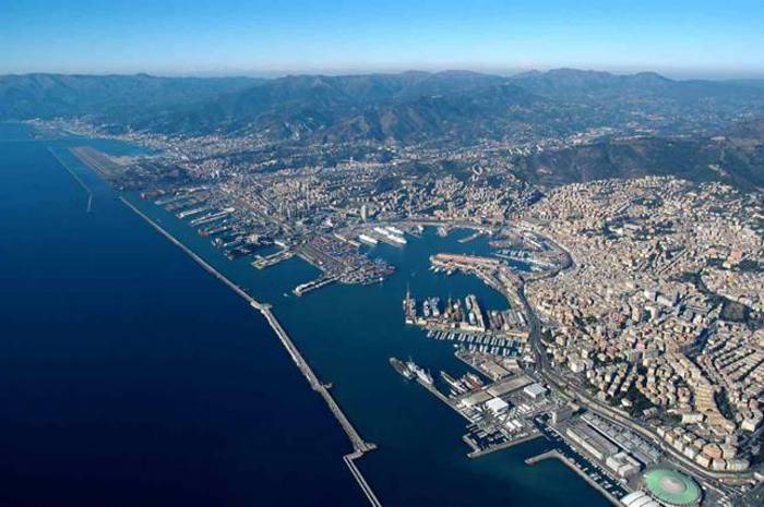 Porto Genova, ok da Camera a Signorini