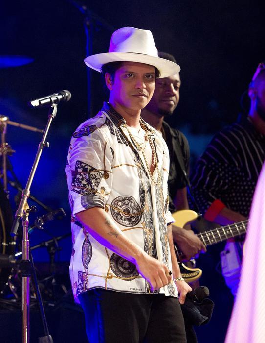 Jay Z e Bruno Mars dominano le nomitation per i GRAMMYs 2018, gli oscar della musica