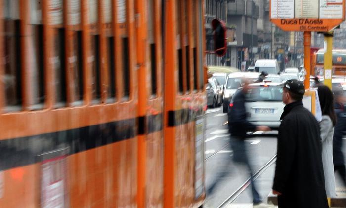 Cade su tram,avrà rimborso di 8mila euro
