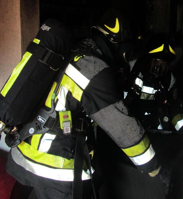 Incendio in magazzino a Bolzano Sud