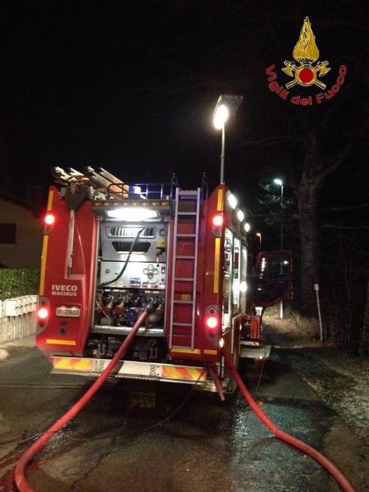 Incendi, distrutto ristorante a Piombino