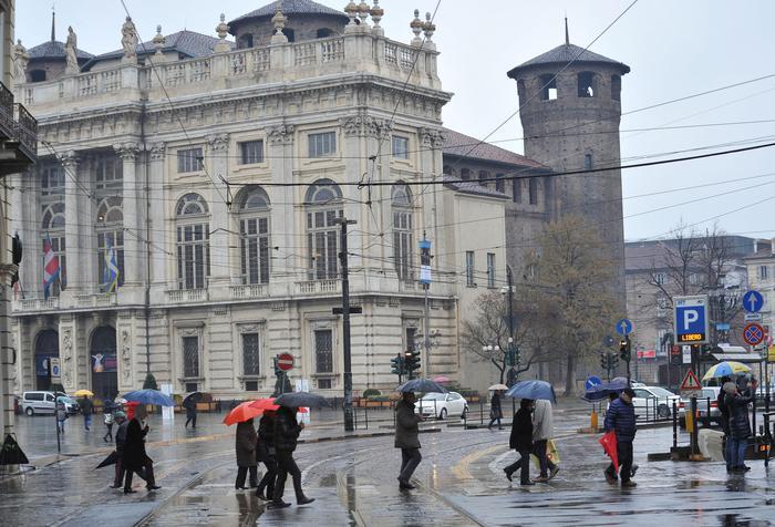 Piemonte, piogge intense, neve su Alpi