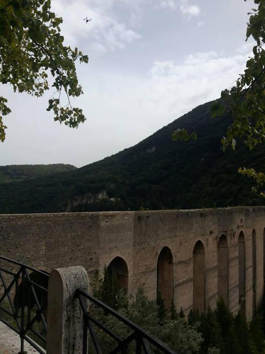 Drone per studiare Ponte Torri Spoleto