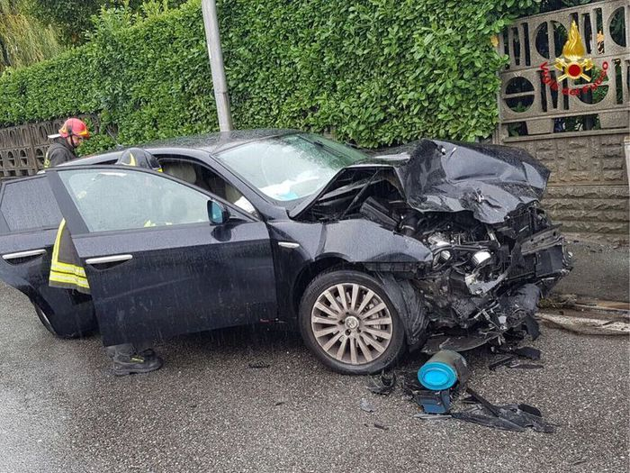 Incidente per Renzo Bossi, illeso