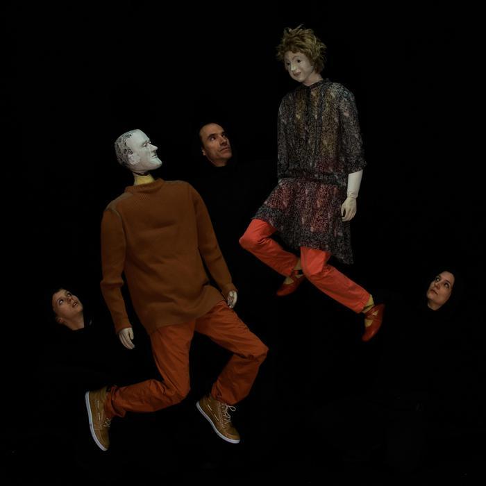 A TorinoDanza le marionette di Valantin