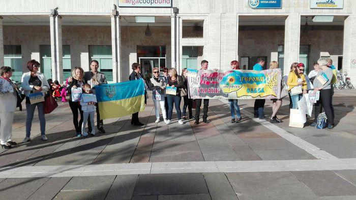 Putin: manifestazione ucraina a Bolzano