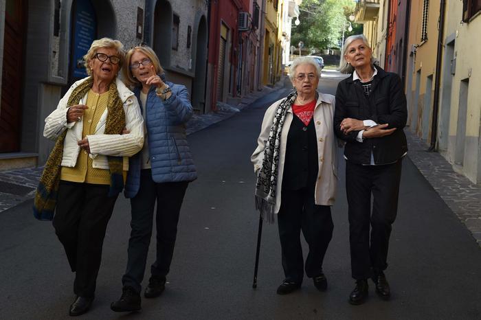 Ferrero, un nuovo spot con quattro nonne