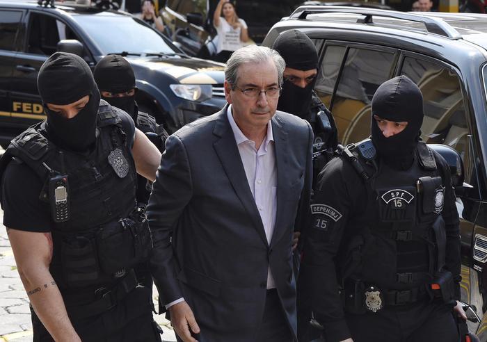 Brasile: irruzione polizia in Senato, diversi arresti