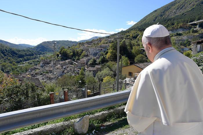 Terremoto: Papa Francesco ad Amatrice, poi ad Accumoli e ad Arquata del Tronto - LA DIRETTA